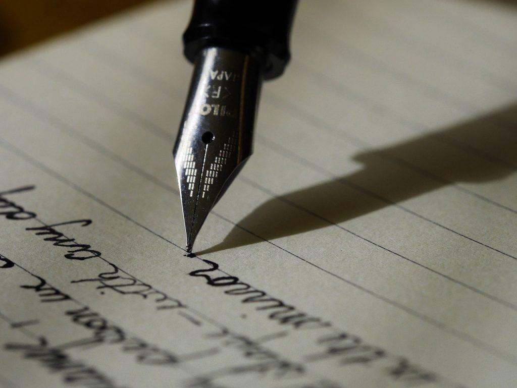 écriture stylo plume encre